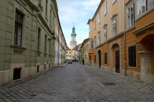 Gasse in Sopron, Ungarn