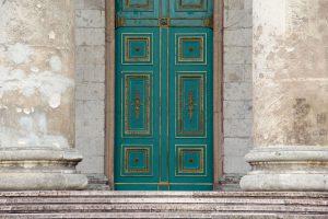 Eingang des Doms von Esztergom, Ungarn