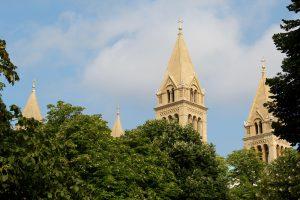 Türme der Kathedrale St. Peter und Paul, Pécs, Ungarn