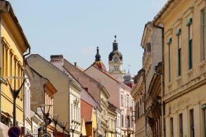 Gasse in Pécs, Ungarn
