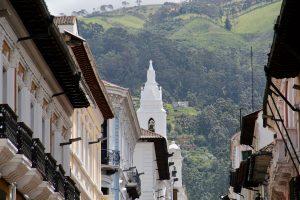 Straße in Quito, Ecuador