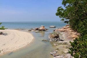 Strand im Nationalpark Penang, Penang, Malaysia