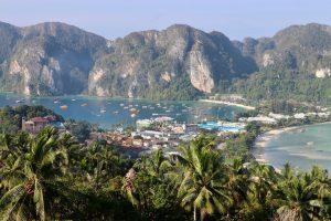 Blick über Ko Phi Phi Don, Thailand