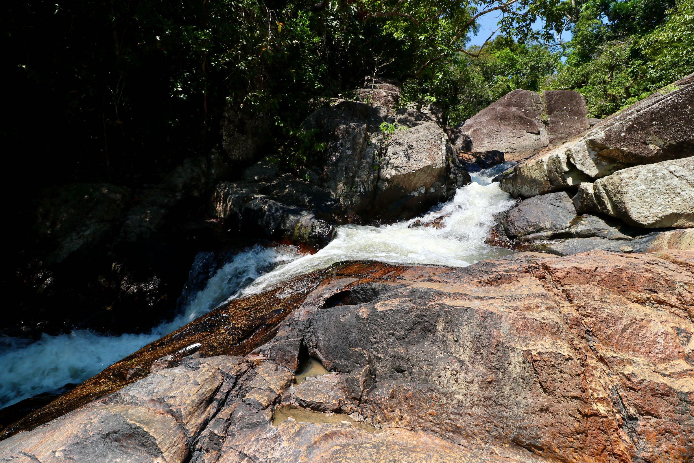 Wasserfall auf Ko Pha-ngan, Thailand