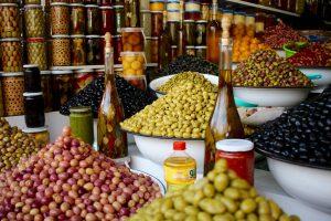 Olivenstand in Marrakesch, Marokko
